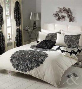 Juego de cama con diseños a rayas