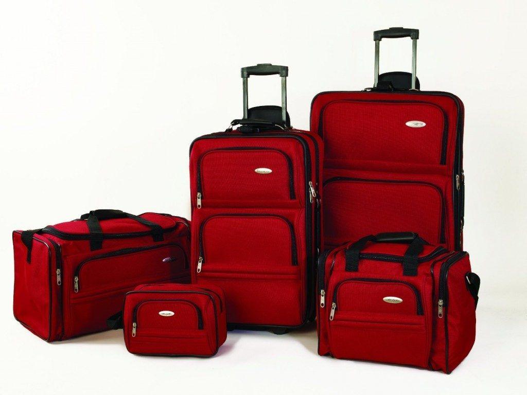 set de maletas para salir de viaje
